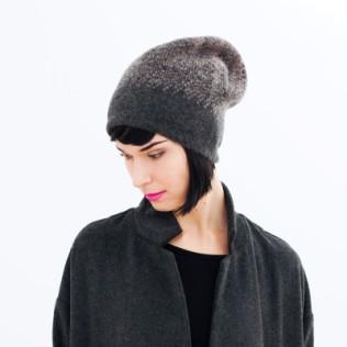 Cieniowana czapka z wełny parzonej