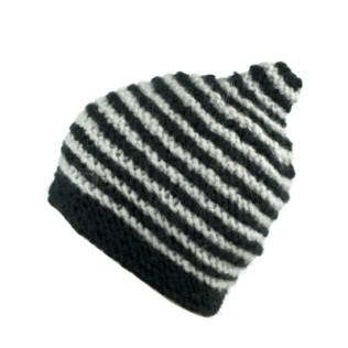 Zimowa czapka-stożek